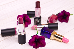 Hijab-Proof Lipstick shades for a Fresh Look small