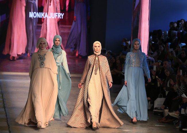 Boundaries for Muslim Fashion