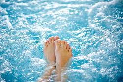 women only swim pool in Sweden 06.05.16 small