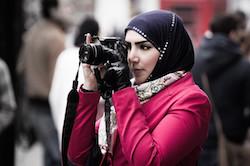 7-17-16muslim-woman-photographer-small