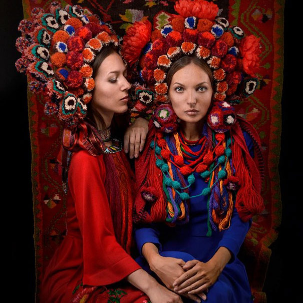 11-3-16-floral-crown-of-ukrainian-women-celebrates-beauty-and-tradition-12