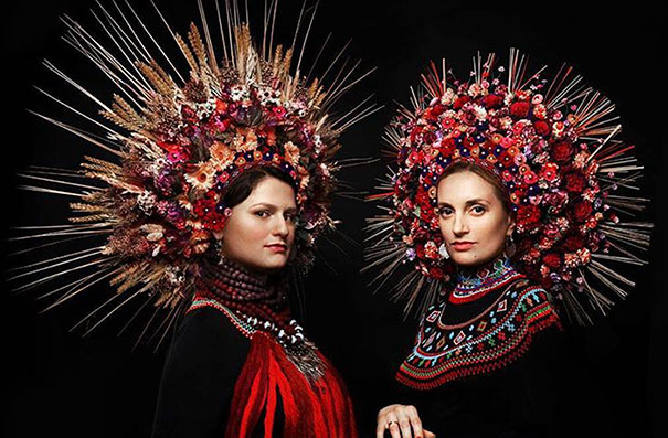 floral-crown-of-ukrainian-women-celebrates-beauty-and-tradition