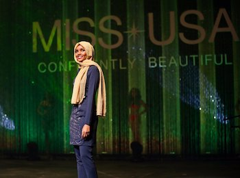 11-28-16-muslim-woman-promotes-islamic-fashion-in-miss-minnesota-usa-pageant
