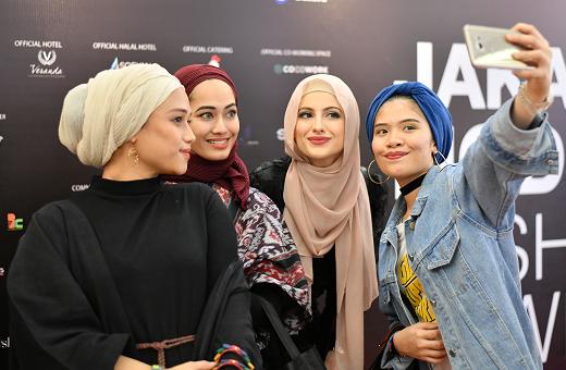 modest fashion, muslim women, hijab fashion, jakarta, goltune news peace journalism