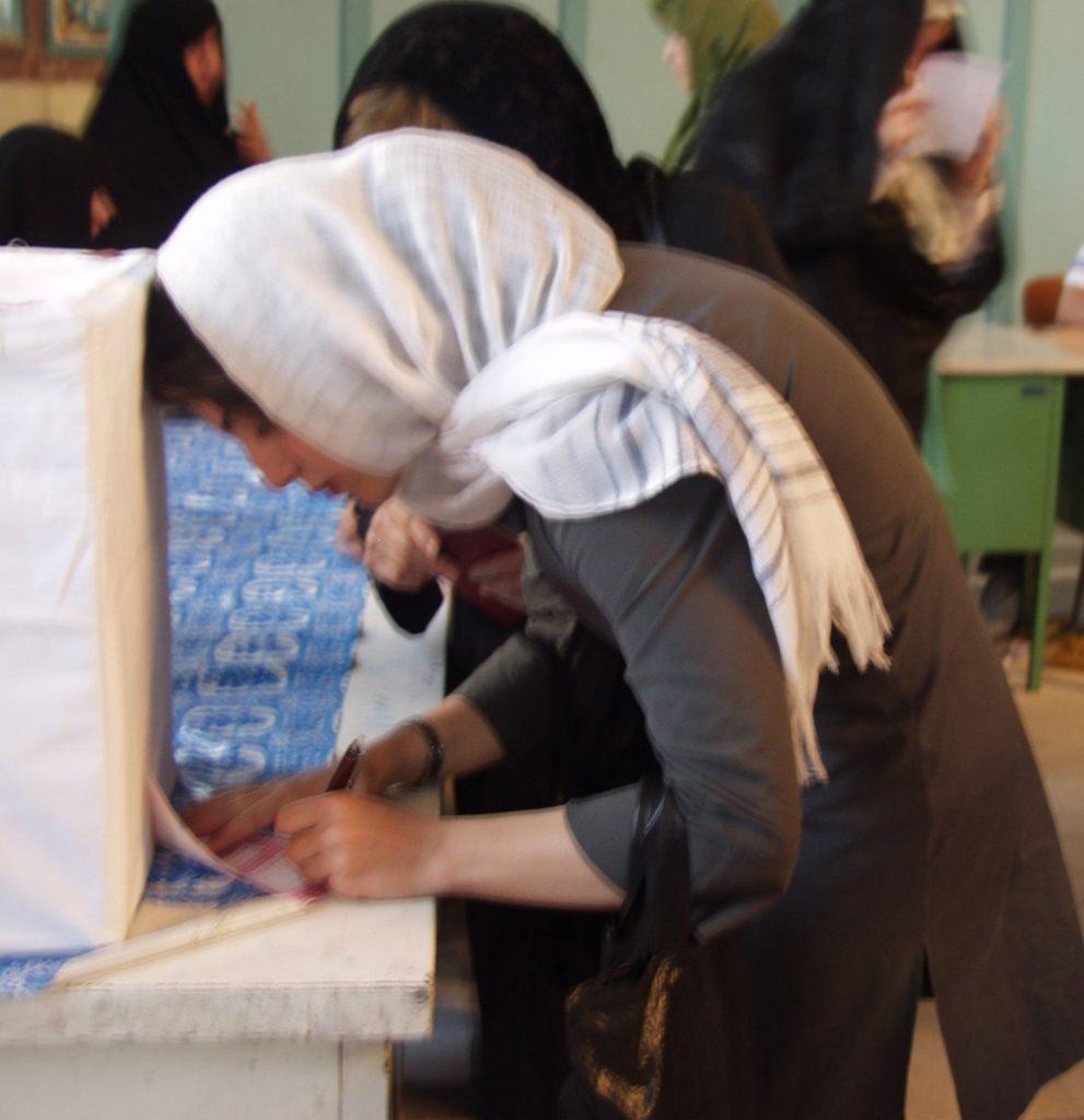 US election vote, sara jamshidi goltune, peace journalism